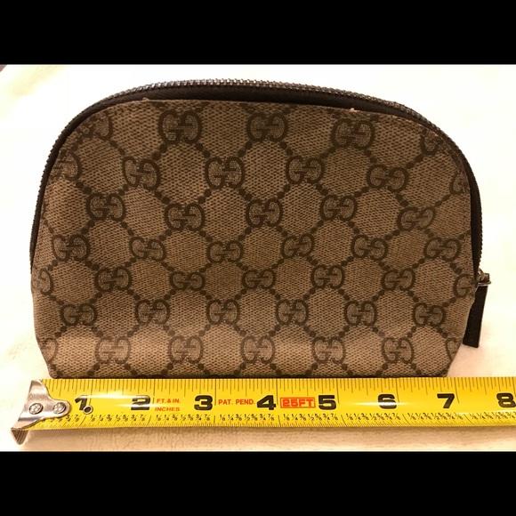 954192be0a4f Gucci Handbags - Gucci small make up bag, like new